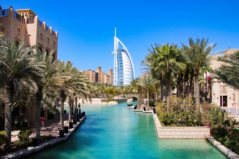 Dubai Alkoholi